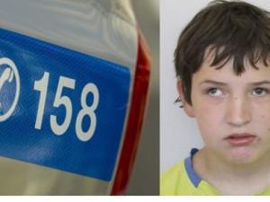 Mladý autista nalezen, ráno si ho všiml náhodný občan a podchlazeného zavezl zpět do domova