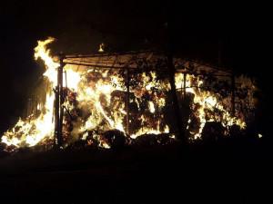 Na Pelhřimovsku shořela kůlna se slámou, škoda je 1,5 milionu korun