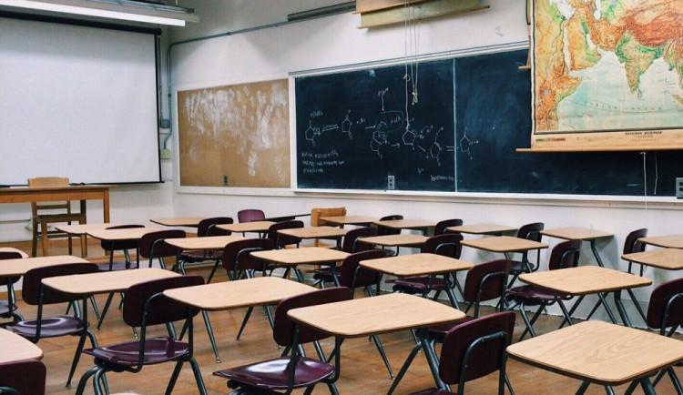 Malotřídka v Růžené obnoví vyučování bez potíží. Stačí jen zatopit, říká ředitelka