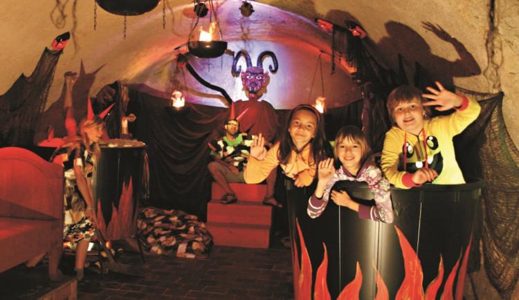 Pelhřimov připravuje pro děti návštěvu čertů on-line. Lidé využijí hovor přes Messenger