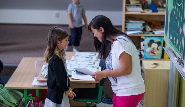 Ministerstvo doporučilo školám pro pololetní vysvědčení slovní hodnocení