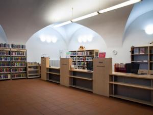 Jihlavská knihovna ode dneška nabízí bezkontaktní výdej knih. Stačí si jen objednat