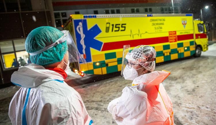 Pandemický plán z roku 2012 byl v Nemocnici Jihlava funkční. Situaci zhorší návrat dětí do škol, myslí si ředitel Velev