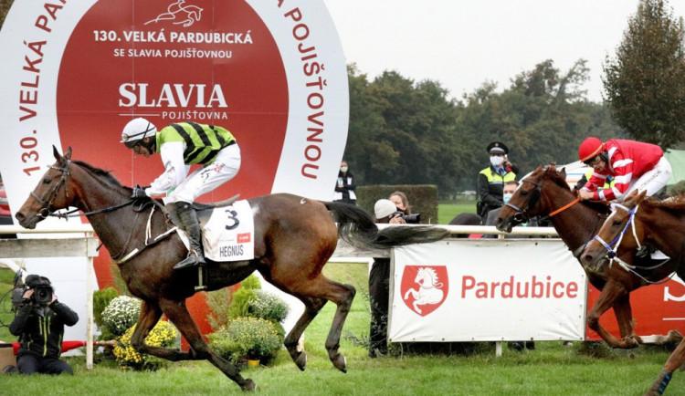 Slavia pojišťovna podpoří Velkou pardubickou jako titulární partner i v dalších letech