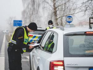Řidiči se o Velikonocích nevyhýbali alkoholu ani drogám. Nadýchal i cyklista
