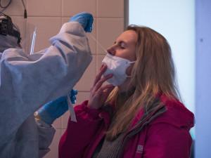 Krizový štáb Vysočiny: Očkování pro další skupinu lidí, 40 testů ve školách bylo pozitivních