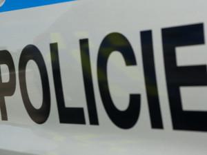Drama v Třebíči: Mladík nedal přednost autobusu, na zatroubení reagoval vytažením pistole