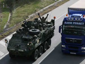 Přes Česko přejedou tři konvoje amerických vojáků, jejich cílem bude cvičení v Maďarsku. Přespí v Rančířově