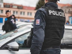 Policejní vrtulník na Jihlavsku vypátral muže, který byl ohrožený na životě. Byl nalezen u rybníka Bor