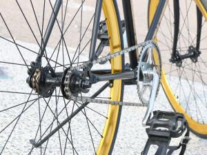 V Telči boural cyklista, narazil do osvětlení. Nadýchal skoro dvě promile