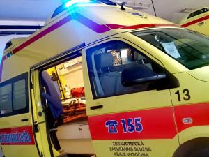 Dva lidé zemřeli při večerní nehodě na silnici I/38. Místo je aktuálně neprůjezdné