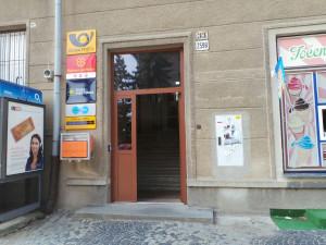 Potvrzeno, pošta zavře dvě jihlavské pobočky. Nová v Aventinu bude jednou z nejmodernějších, tvrdí vedení podniku