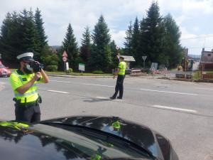 Řidiči, až do pátku pozor na rychlost. Policisté ji kontrolují po celé zemi, místa nejsou předem známá