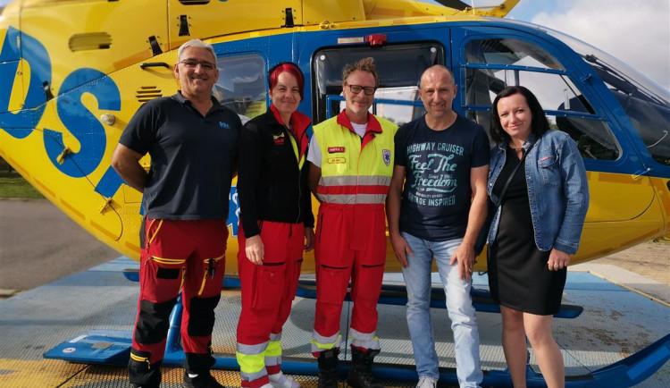 Po pádu stromu bojoval Michal dlouho o život, ale po tři čtvrtě roce se mohl setkat se svými zachránci