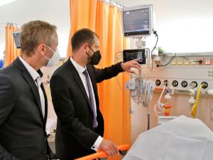 Nemocnice v Pelhřimově má nový urgentní příjem. Pacienti ho začnou využívat od 1. září