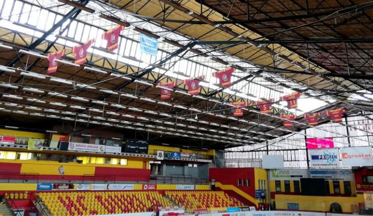 Jihlava v říjnu dokončí šatny u malé haly, připravuje bourání velkého zimního stadionu