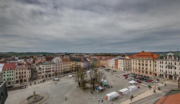 """Revitalizaci Masarykova náměstí odstartuje sázení stromů v """"pokojíčku"""". Prohlédněte si výsledek"""