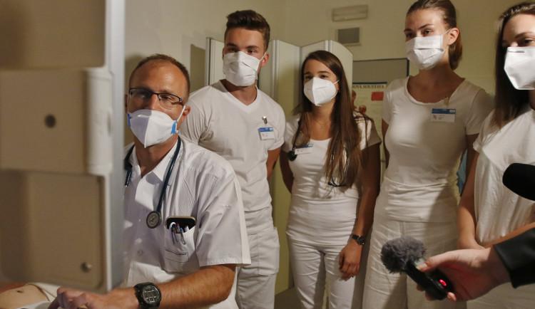 Pelhřimovská nemocnice má za sebou první kemp mediků. Prostředí je pro práci důležité, říká jedna z účastnic