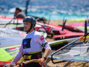 Doufám, že se windsurfing do povědomí veřejnosti opět vrátí, přeje si šampion Petr Čech