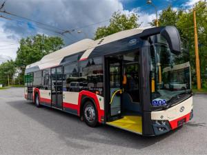 Do Červeného Kříže a Antonínova Dolu nebudou tři dny zajíždět autobusy. Je nám líto, jinak to nejde, říká Rovner z DPMJ
