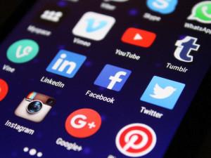 Podvečer bez sociálních sítí. Facebook, WhatsApp i Instagram hlásí rozsáhlý výpadek