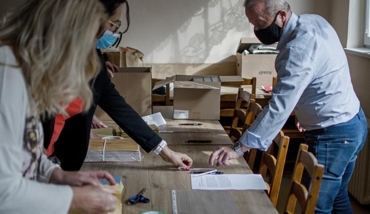 VOLBY 2021: Lidé ve Velkém Beranově v referendu odmítli výstavbu skladů Penny Marketu. Proti bylo 561 voličů