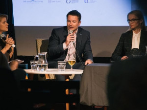 VOLBY 2021: Jedinou zdržovací úlohu teď může hrát prezident, říká politolog Jakub Lysek
