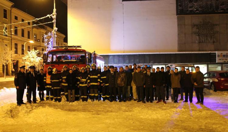 Předvánoční setkání s hasiči na jihlavské radnici