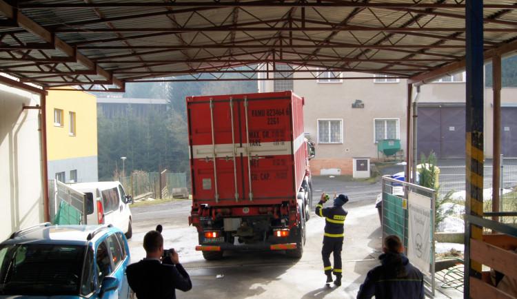 Jihlavská oblastní charita má naskladněno přes 15 tisíc roušek